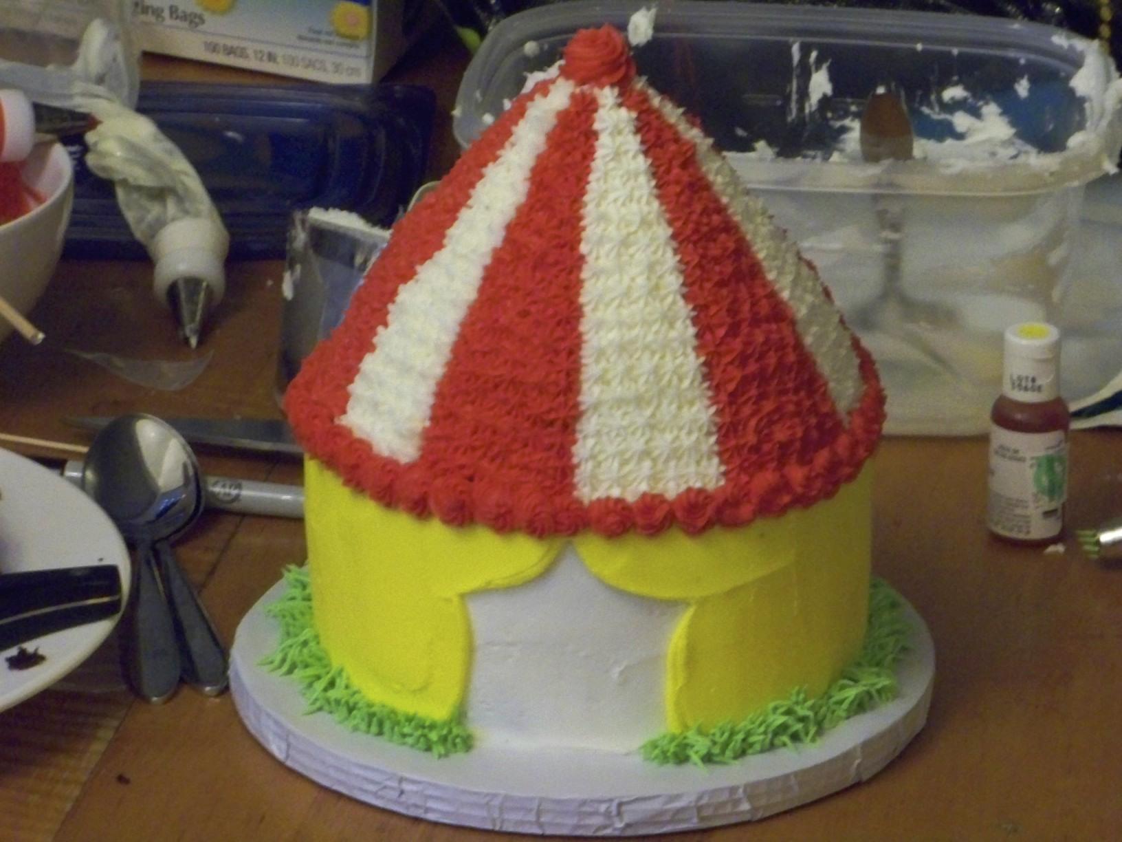 Circus Tent & Circus Tent | Icingu0027s on the Cake